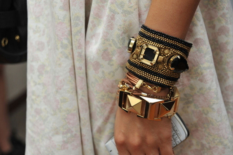 arm-candy-arm-parties-arm-party-bangles-bracelets-Favim.com-412421