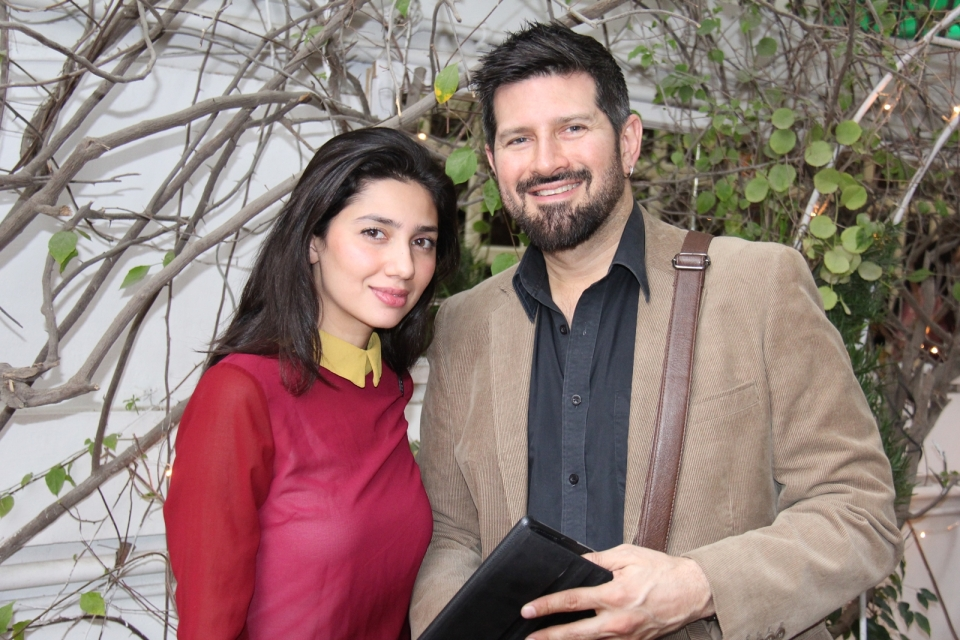 Mahira Khan and Tapu Javeri